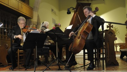 eaken trio performing at St Stephens