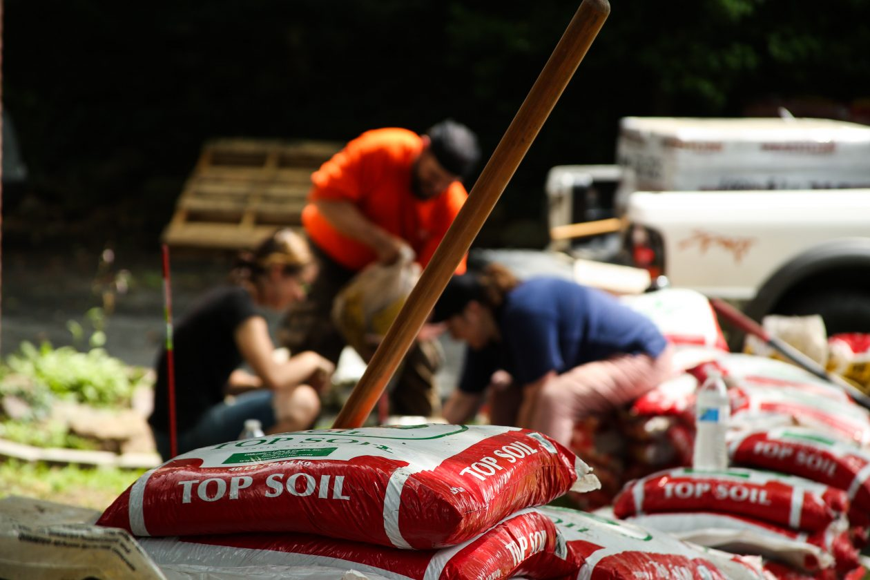 Photo Gallery | Team Depot Takes On A Veteran Home Preservation